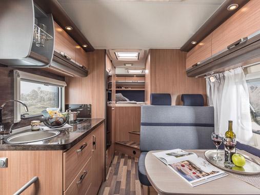 Viel Platz für die ganze Familie, Family Plus Wohnmobile